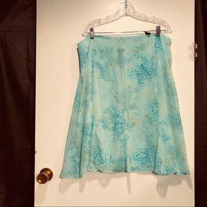 Apostrophe  skirt. Size 16 W. Aqua color